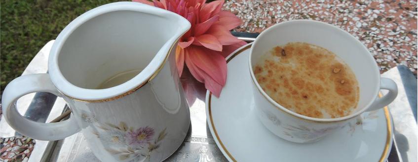 Óleo de coco para fazer chá.